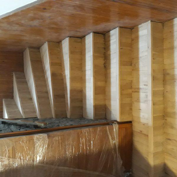 Renovace dřevěného schodiště - Praha