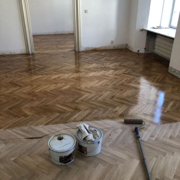 Renovace a olejovaní podlahy z parket