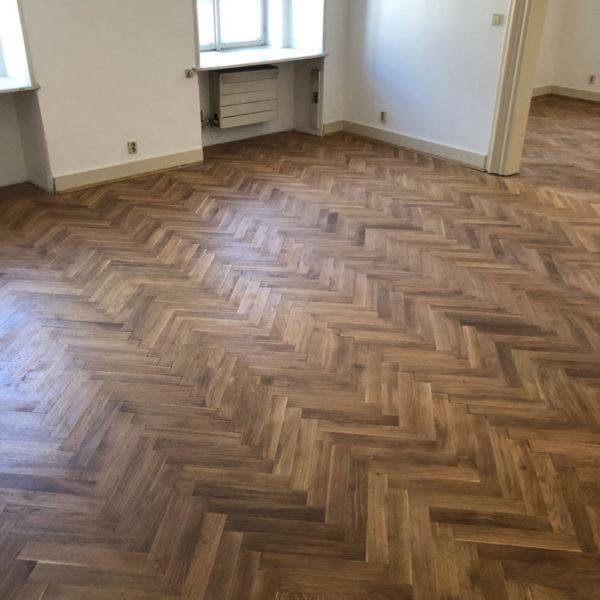 Renovujeme a ojejujeme parketové podlahy