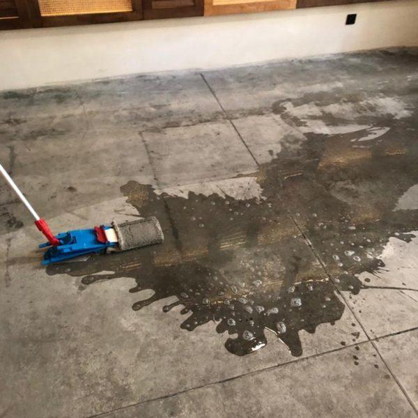 cisteni podlahy v restauraci